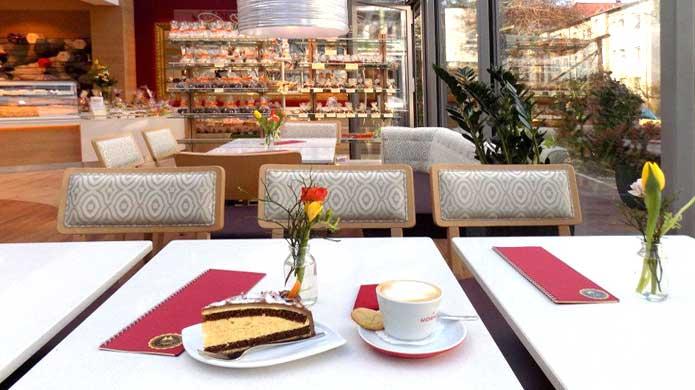 Das Cafe In Der Konditorei Rabien Dem Früheren Hofconditor In Potsdam